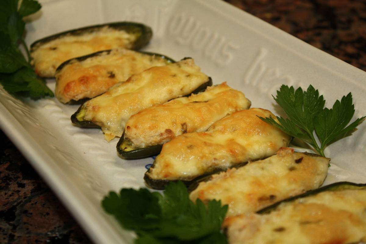 Baked Stuffed Jalapenos | Photo by HealthyandLazy